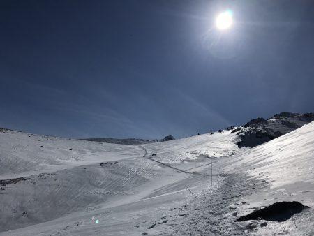 今年の安達太良山は例年より雪が少ないようですが、天候次第ではやはり厳しい冬山です